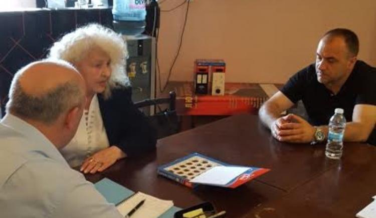 Цветан Топчиев оказва съдействие на граждани от Видин